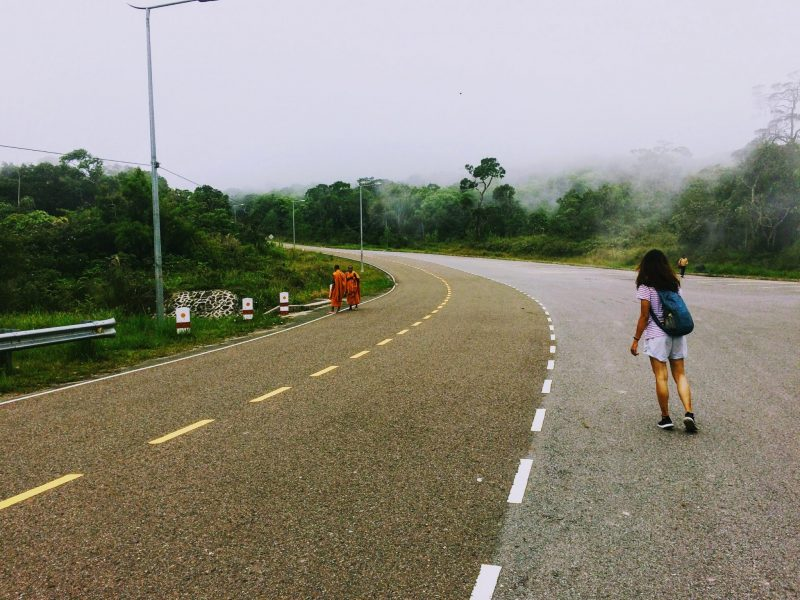 Nữ đi du lịch một mình thì như thế nào?