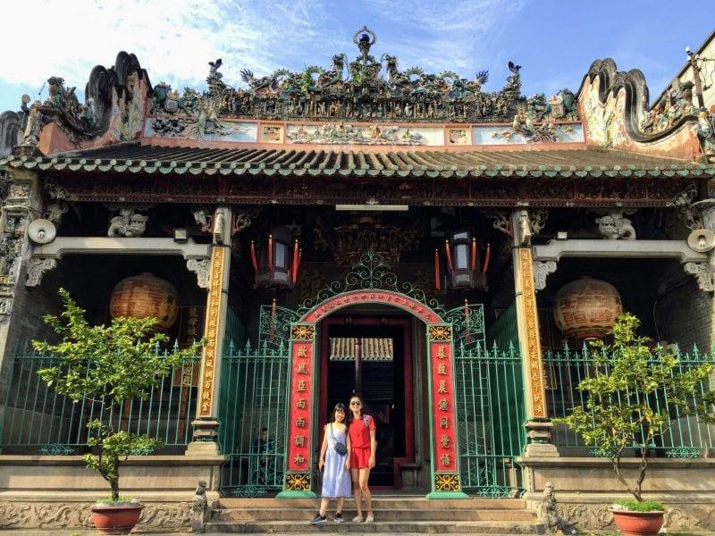 Một ngày trở thành khách du lịch ở Sài Gòn